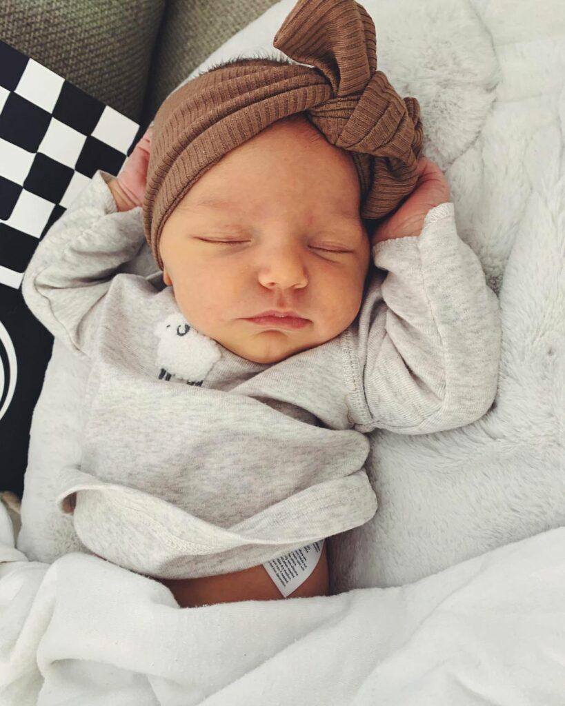 Elise-baby-born